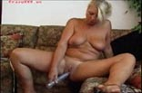 Alte Frau mastrubiert