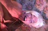 Wilde Blondine