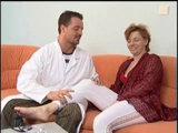 Oma wird vom jungen Hausarzt gefickt