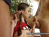 Kleine Becky bekommt Doppelfick